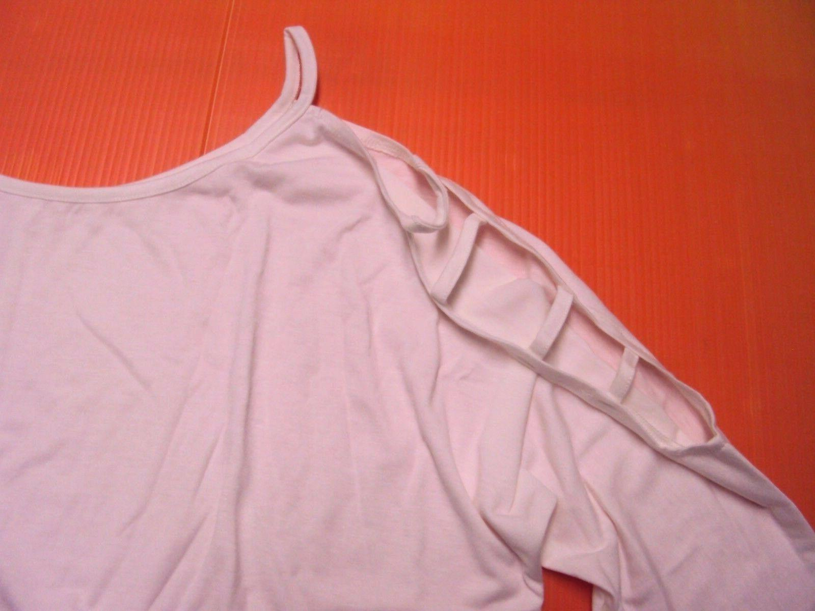 YunJey Hollowed Out 3/4 Blouse